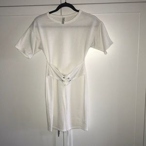 Blue Blush size xsmall white front tie up dress